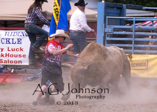 Rodeo, rodeo clowns, bull riding, Roy Rodeo, Roy Washington, Capturing emotion in photos